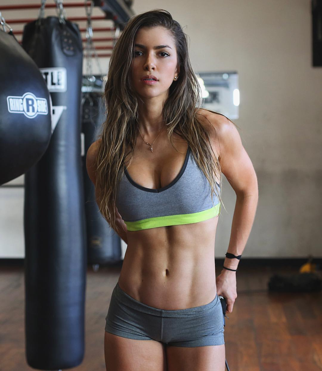 new product 0f43e d50e9 Profile: Who Is Anllela Sagra, The Beautiful Colombian ...